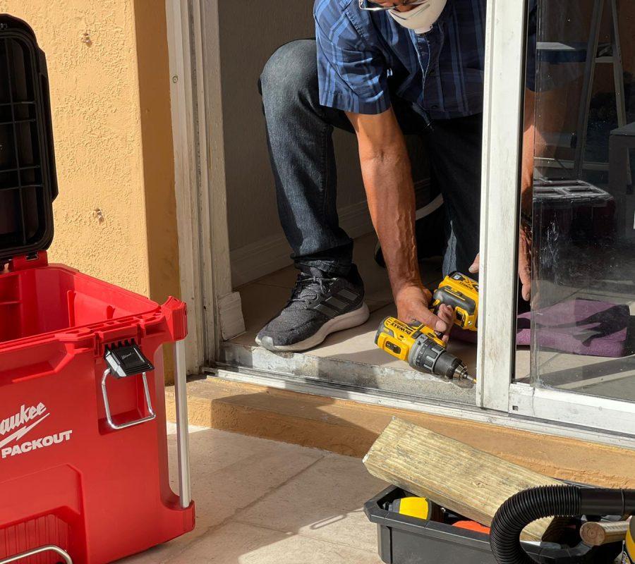 sliding door repair in miami